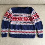メンズニットの編み図でキッズサイズに編んだ『ノルディック柄のセーター』