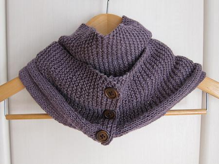棒針編みのスヌード